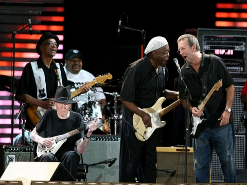 Sweet Home Chicago by Buddy Guy, Eric Clapton, Johnny Winter, Robert Cray, Hubert Sumlin and Others (Live)