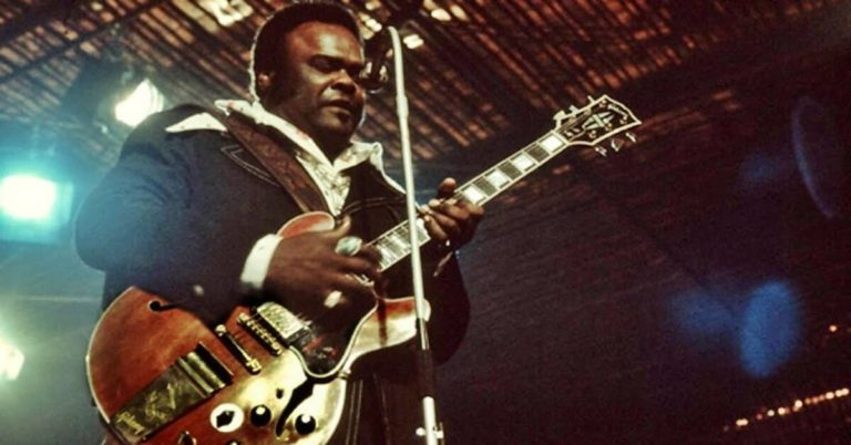 Sweet Home Chicago by Freddie King (Live)