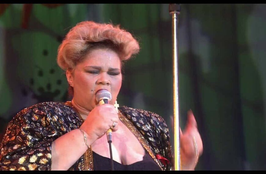 """Etta James – """"Why I Sing The Blues"""" – Live At Montreux, 1993"""